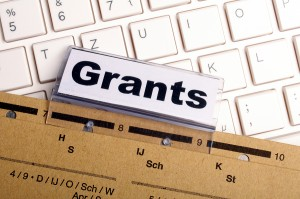 Grants For College >> Student Grants For Women Free Tuition Money Education